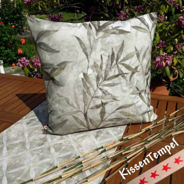 "Design-Kissen ""Bamboo"" (Bambus) Kissenbezug 50x50 cm olive creme grau Dschungel Jungle Botanik"