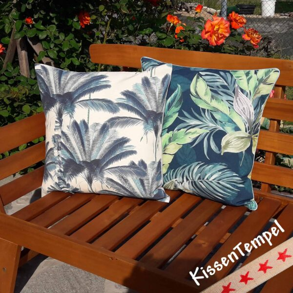 Kissen Blue Palm mit Blue Jungle