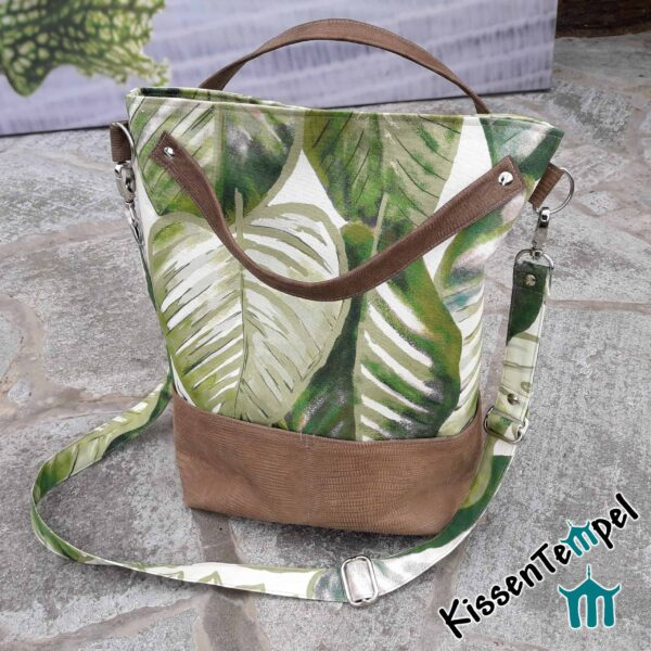 "SchulterTasche ""Aloha"", DesignShopperBag, UmhängeTasche, Stil Dschungel Jungle Blätter grün braun"