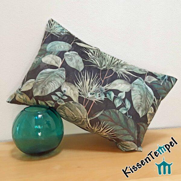 "SamtKissen ""Black Forest"", 40x60 cm, Kissenbezug, anthrazit grün-türkis, Motiv Blätter"