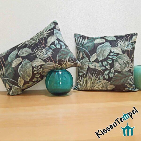 "SamtKissen ""Black Forest"", 40x60 / 50x50 cm, Kissenbezug, anthrazit grün-türkis, Motiv Blätter"