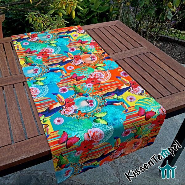 Farbenfroher Tischläufer, Tischdecke, türkis orange gelb grün blau, Blüten bunte Toucans Hibiskus Schmetterlinge Blätter