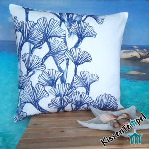 DekoKissen >Coral Reef< 50x50 cm, Kissenbezug, blau weiß, filigrane Korallen, maritimes LuxusKissen
