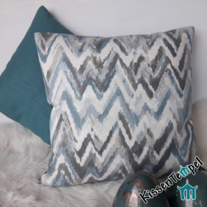 Kissenbezug >ZickZack grau< 50x50 cm, grau eisblau petrol bleu, zarte Pastelltöne, ZickZack-Muster, elegant