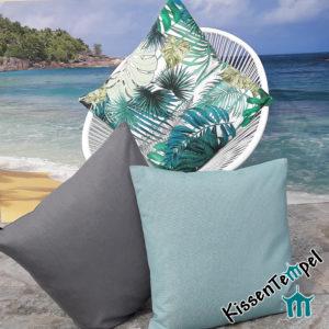 Outdoor Kissen >Jungle Feeling< UV-beständig, Monstera- und Palmblätter in grün türkis petrol