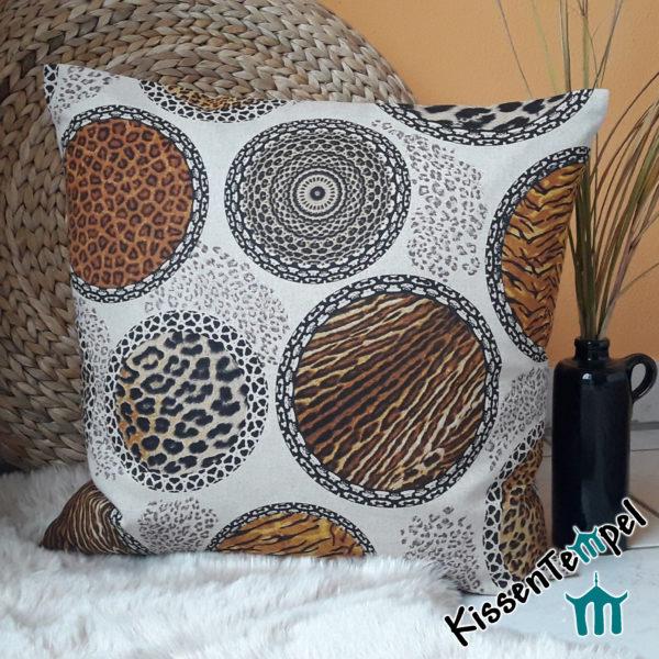 Animalprint Kissen >Mandala Africa< braun schwarz beige grau, asiatische Mandalas & Tiermuster Leopard und Tiger
