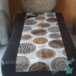 Animalprint Tischläufer >Mandala Africa< Mitteldecke, Africa meets Asia, braun schwarz beige grau , Tierdruck, Animal Print, Leopard Tiger