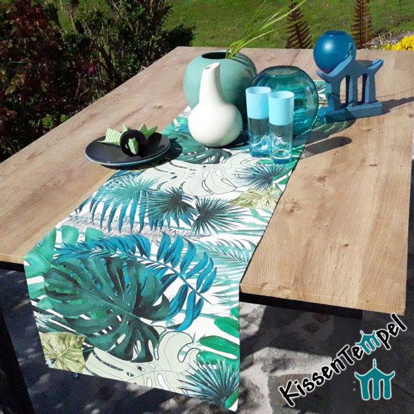 Outdoor Tischläufer >Jungle Feeling< UV-beständig, MonsteraBlätter und Palmen, grün, türkis, petrol, mint, creme