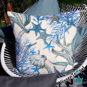 Maritimes DekoKissen >Seaworld< SeeSterne, Korallen & Muscheln, türkis-blau, weiß, grau, verschiedene Größen
