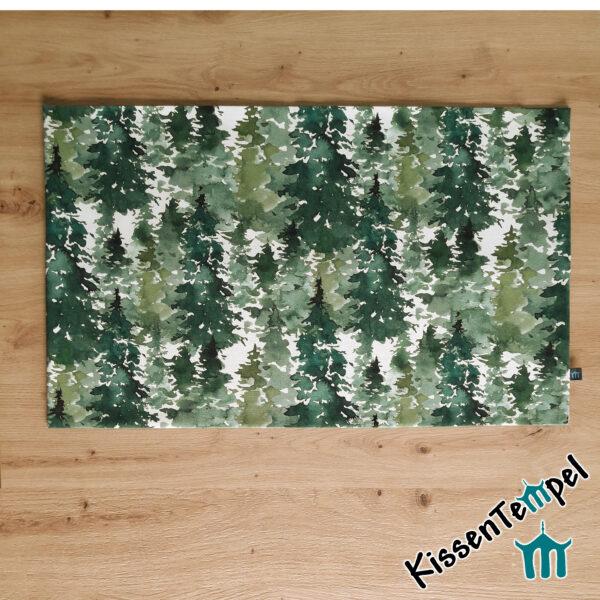 """Tischläufer """"Canada"""", Tannenwald in grün, jade, dunkelgrün, MittelDecke, Tannenbäume Winter Weihnachten"""