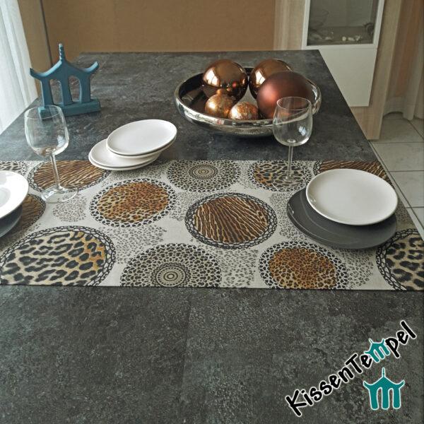 Animalprint Tischläufer >Mandala Africa< doppellagig ! braun schwarz beige grau , Tierdruck, Animal Print, Leopard Tiger
