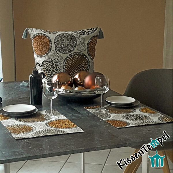 Animal Print Tischset >Mandala Africa< doppellagig ! beige schwarz grau braun, Tierdruck Platzset, Asia, Afrika